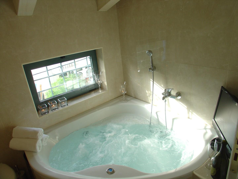 Two Bedroom Suite   In room Jacuzzi